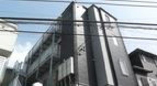 鶴見駅 徒歩19分エントランス