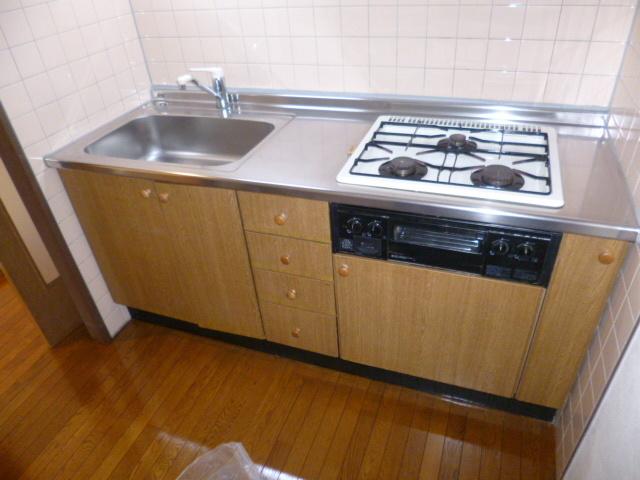 クレスト壱番館キッチン