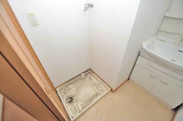 フォンテーヌ 嬉しい室内洗濯機置場。これで洗濯機も長持ちしますね。