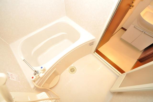 フルールタツミウエスト ちょうどいいサイズのお風呂です。お掃除も楽にできますよ。