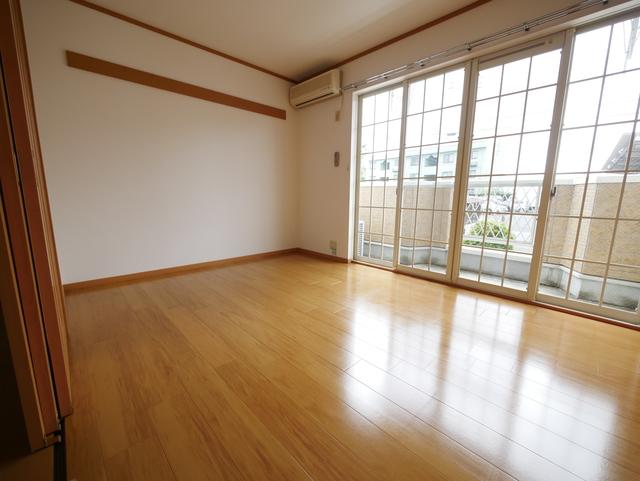 スプリングヒル居室