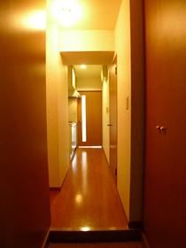 ハイネスエイト 702号室