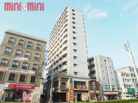 ステイツ姪浜駅前姪浜駅の目の前に立つ高層マンションです。