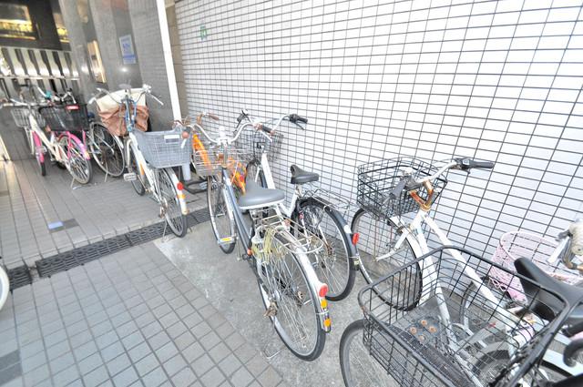 プレジデント楠 あなたの大事な自転車も安心してとめることができますね。