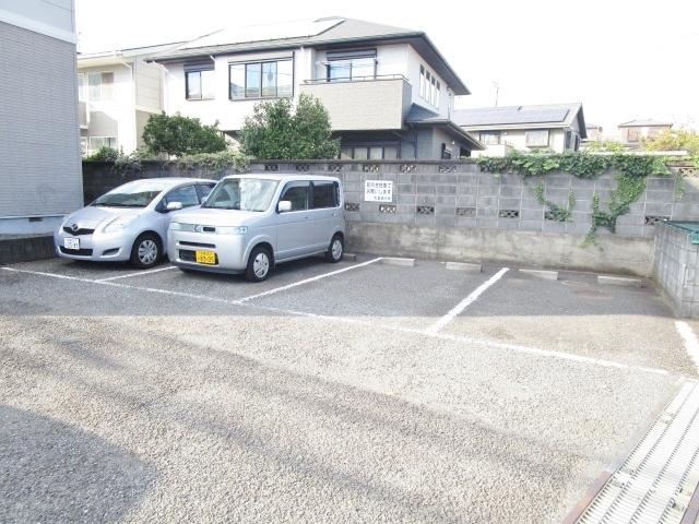 エスポワールⅠ駐車場