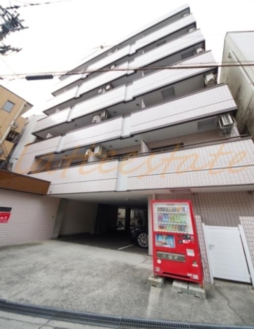 大阪市城東区成育2丁目の賃貸マンションの外観
