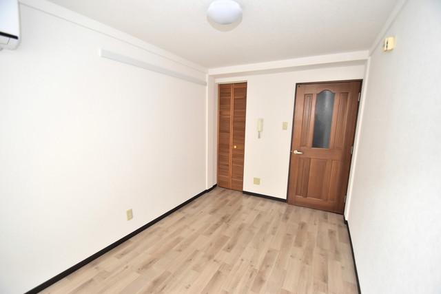 シティーコア高井田Ⅰ シンプルな単身さん向きのマンションです。