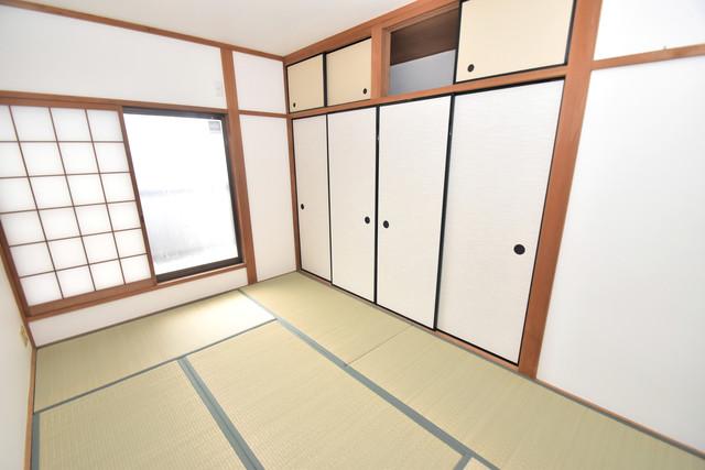 宝持3-2-16貸家 畳の心地よい香りがする、この空間で癒されてください。