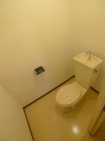 ジョイント・ファミーユC棟 306号室