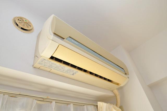 メゾンドール新今里 エアコンがあるのはうれしいですね。ちょっぴり得した気分。