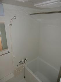 https://image.rentersnet.jp/fd1bd686-a979-4480-a470-3e9d8917e170_property_picture_2419_large.jpg_cap_浴室乾燥機付きです!