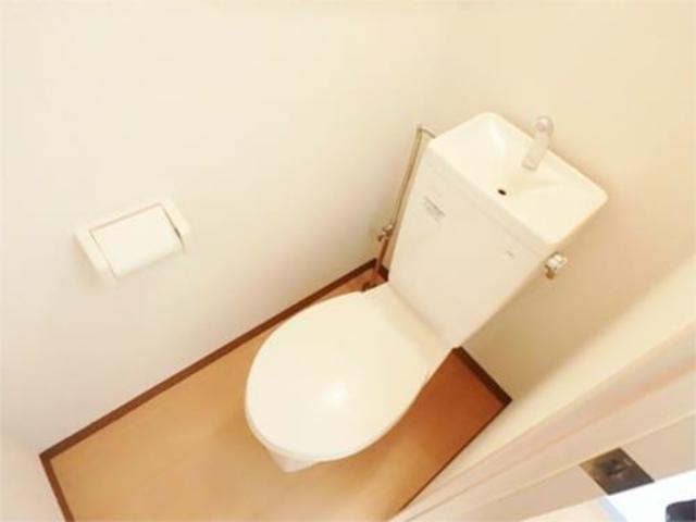 ドゥエル聖蹟トイレ