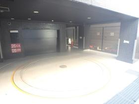 ルフォンブログレ学芸大学駐車場