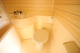 https://image.rentersnet.jp/fd63679f-38fc-4fd1-9705-2100dd75cfa7_property_picture_2418_large.jpg_cap_トイレ