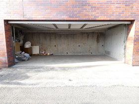 屋根付駐輪場あり