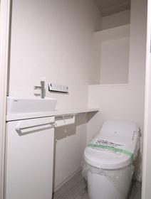 奥平レジデンス 705号室