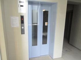 エレベーターあります☆