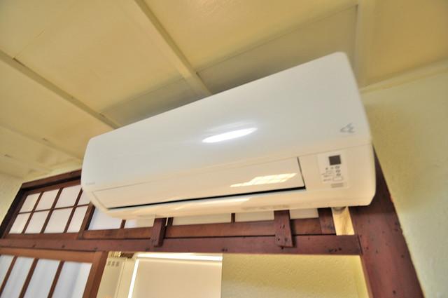 長栄寺第5コープ エアコンが最初からついているなんて、本当に助かりますね。