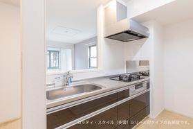 https://image.rentersnet.jp/fe403438-90b9-476a-acb7-6672d3f67bb1_property_picture_3521_large.jpg_cap_キッチン