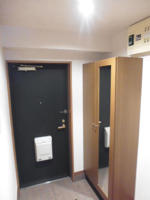 グレイスコート三園玄関