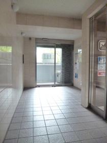 スカイコート西新宿第2エントランス