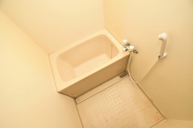 マンションサンパール ちょうどいいサイズのお風呂です。お掃除も楽にできますよ。