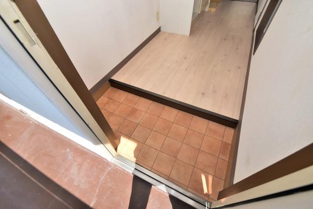 レスポワール お部屋の入口には何も置かず、シンプルが一番ですね。