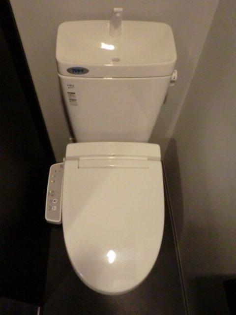 フェニックスヨコハマスクエアトイレ