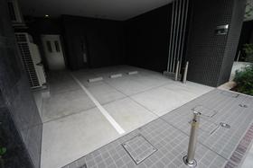 コンフォリア渋谷WEST駐車場