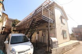 https://image.rentersnet.jp/fee94f01-bd4b-44b0-9cf9-3b580d424911_property_picture_1992_large.jpg_cap_外観