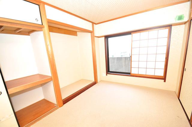 ルシード小阪 こちらはもともと和室のお部屋です。
