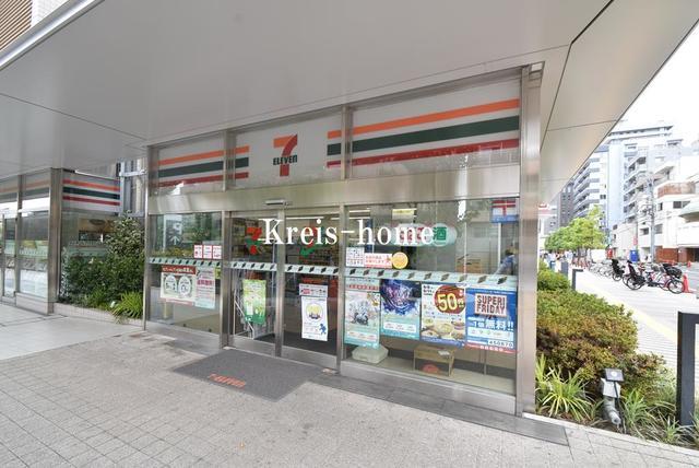 ザ・パークハビオ新宿[周辺施設]コンビニ