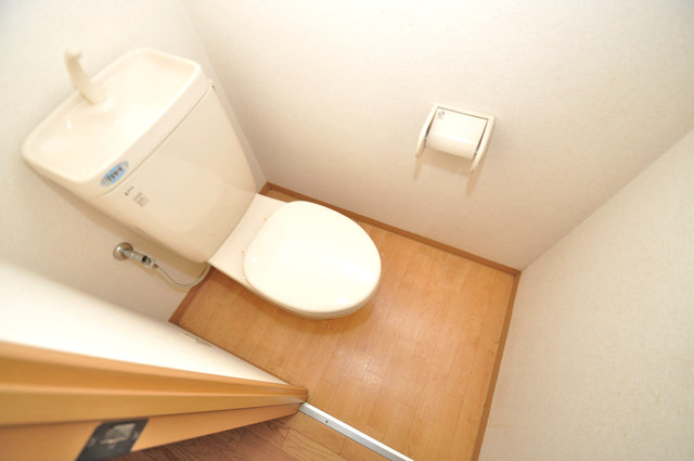 サニーハイム上小阪 スタンダードなトイレは清潔感があって、リラックス出来ます。
