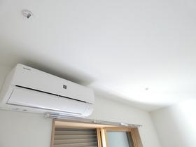 エアコン、室内物干しユニット