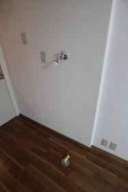 鵜の木弐番館 101号室